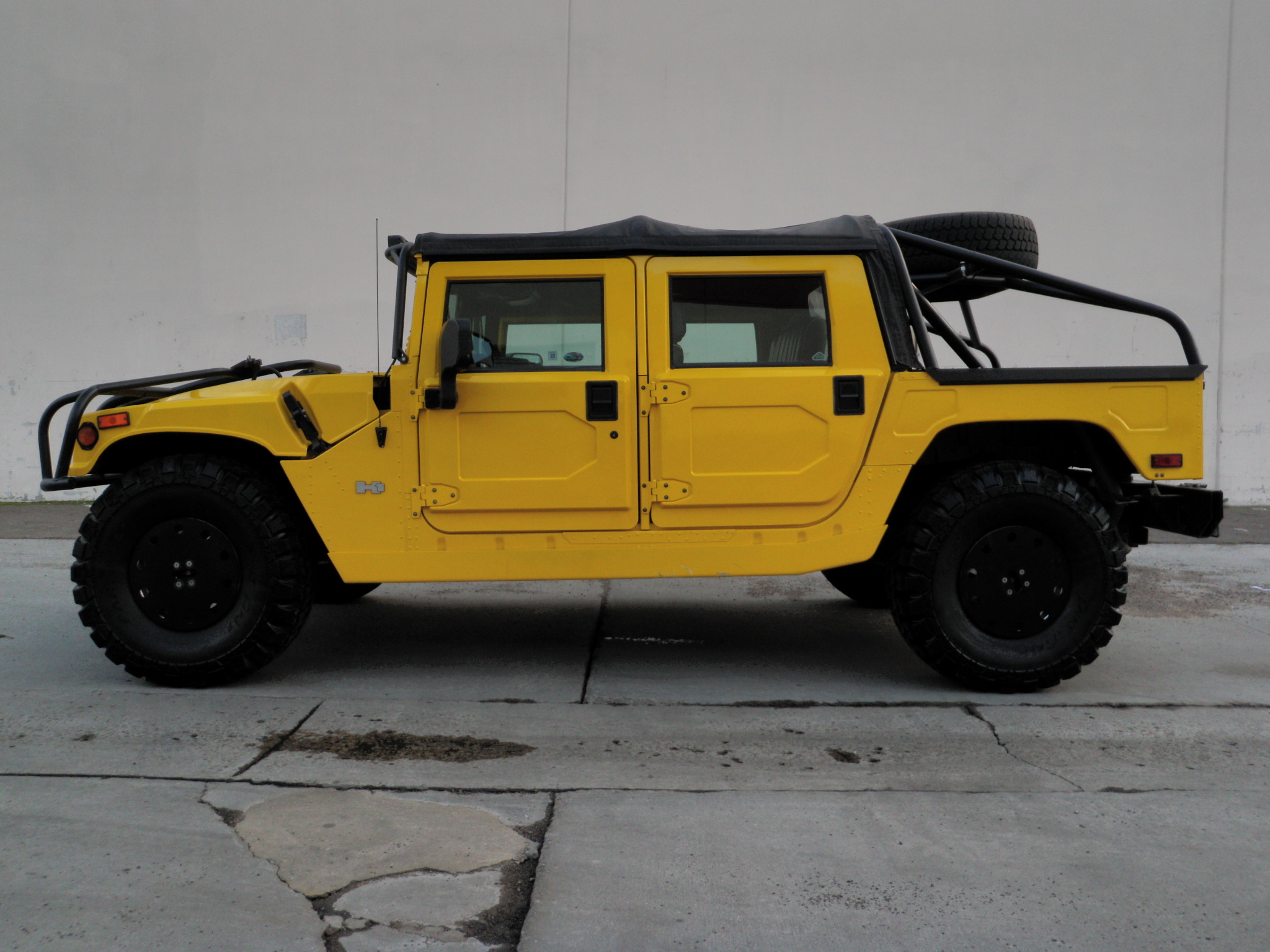 2002 hummer h1 opentop fully loaded sold. Black Bedroom Furniture Sets. Home Design Ideas