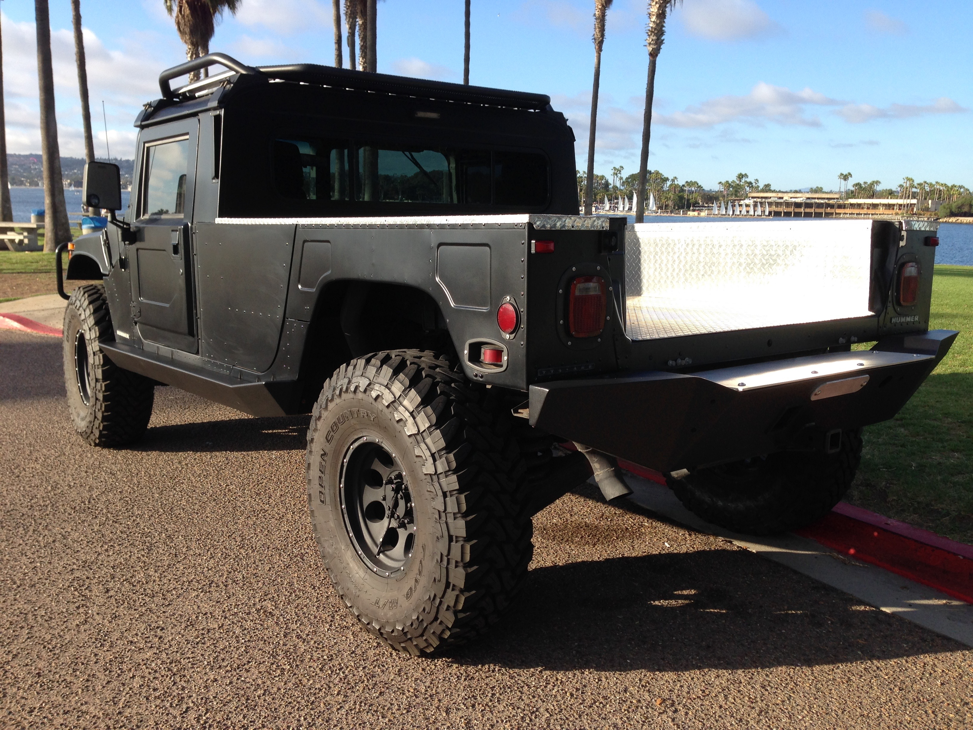 hummer h1 for sale new and used car listings car reviews and html autos weblog. Black Bedroom Furniture Sets. Home Design Ideas