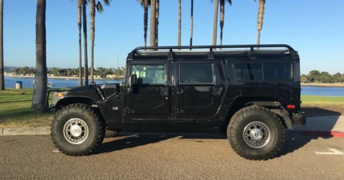 For sale : 2006 Hummer H1 Alpha black wagon