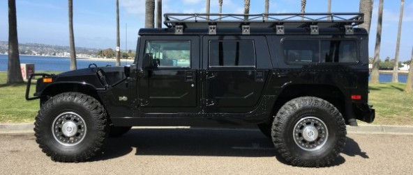 For sale : 2006 Hummer H1 Alpha black wagon