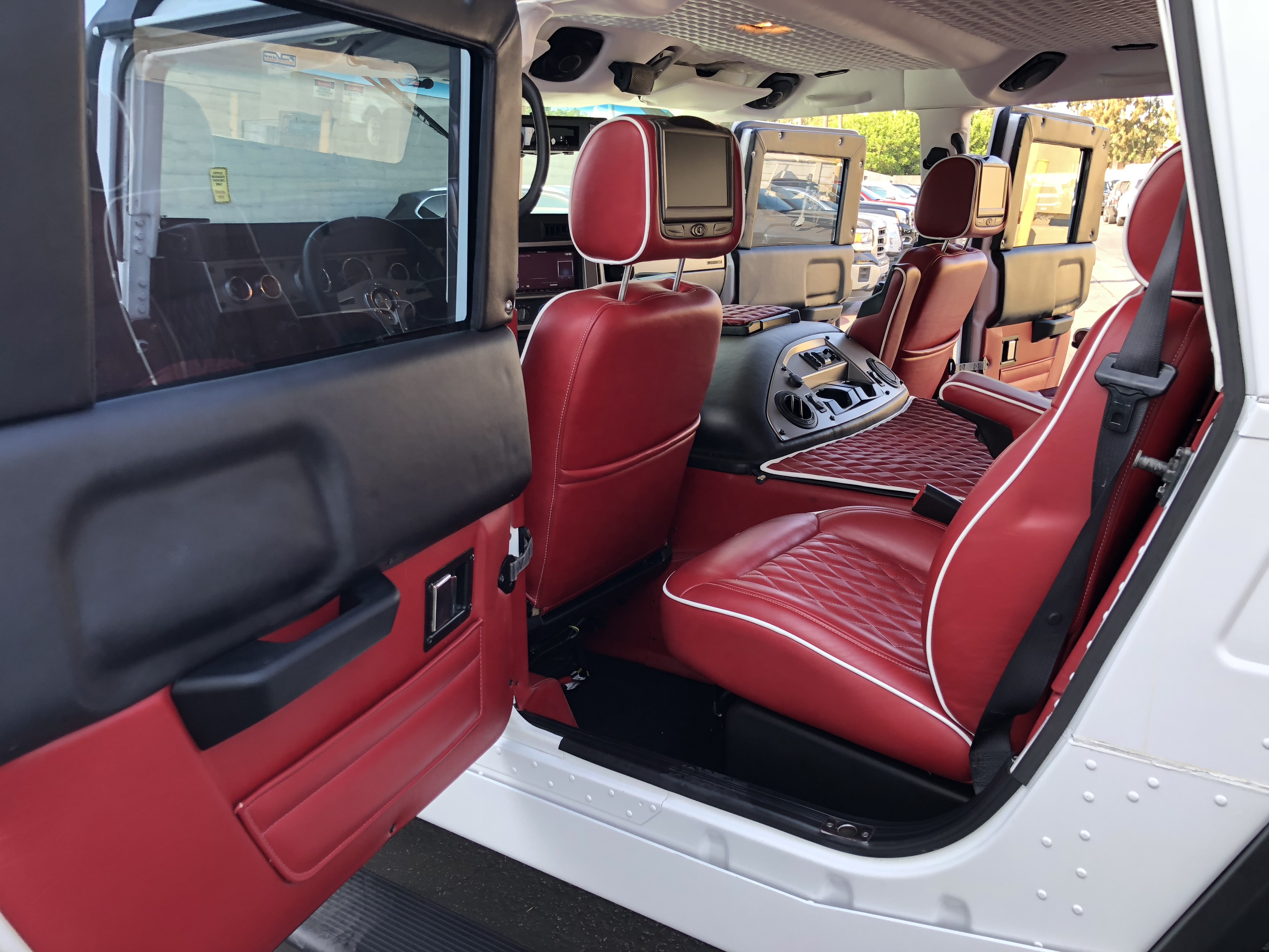"Hummers For Sale >> For Sale…….2006 Hummer H1 Alpha ""VIP Edition"" Bullet Proof ..."